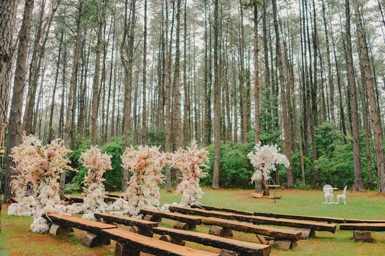 forest-wedding-ceremony-bilpin-resort