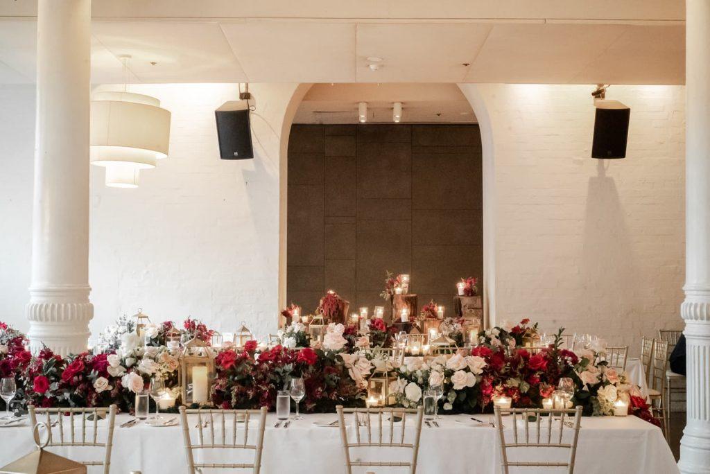 Establishment wedding decorations
