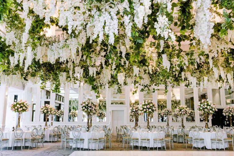Floral ceiling instalation
